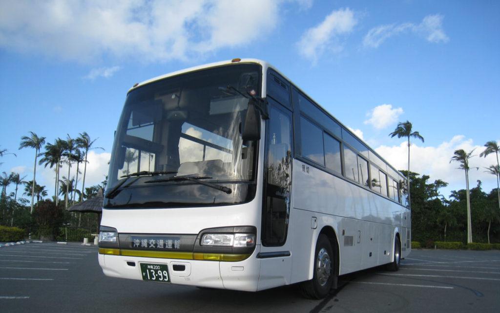 リフト付き大型バス